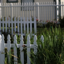 white-picket-fence-2454649_1280